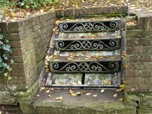 Einingang zu einer Grabkammer