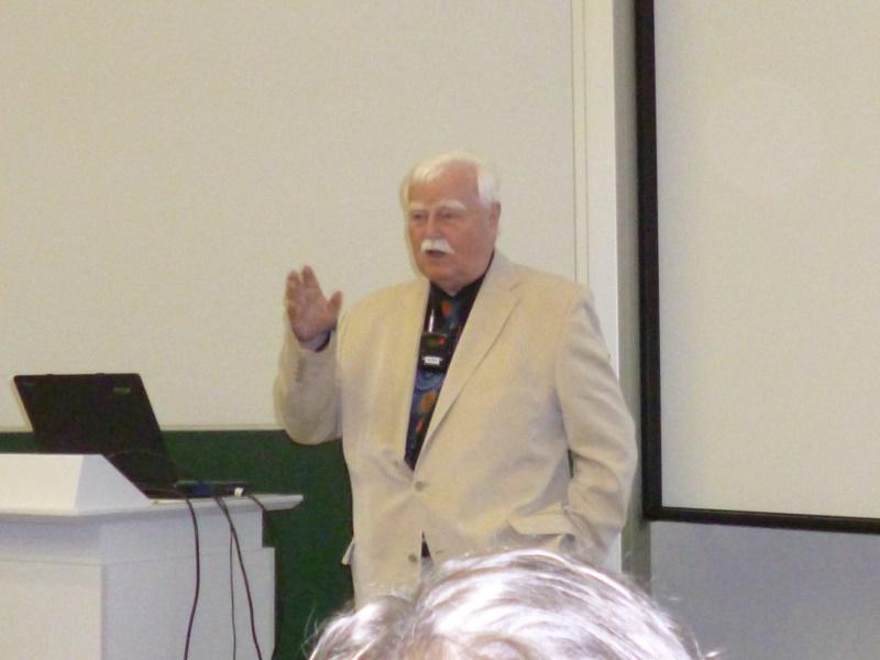 Prof. Dr. Johannes von Feitzinger erklärt ....
