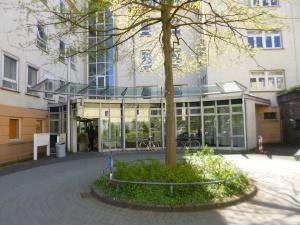 UNI im ehemaligen Stadtkrankenhaus