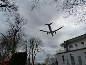 Anflug auf das Airbusgelände