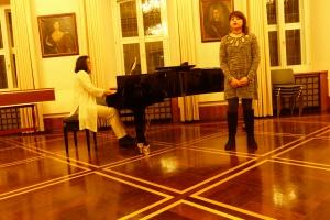 Aliye Irgat trug Lieder von Schönberg, van Beethoven und Giordani vor