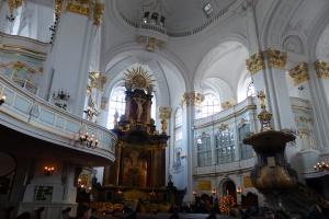Stille in der St.Michaeliskirche