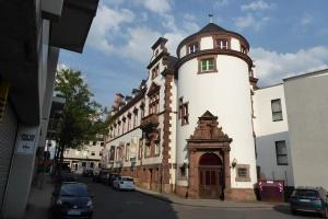 preußisches Fernmeldeamt - heute Museum für Gegenwartskunst