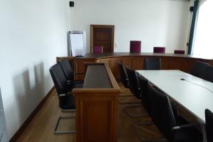 ehemaliger Gerichtssaal - jetzt Besprechungsraum