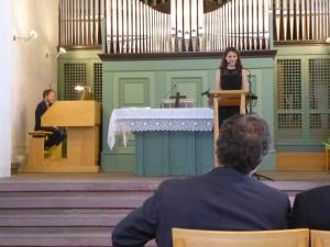 Martin Herchenröder an der Orgel