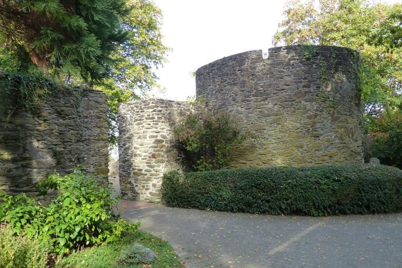 Wach- und Wehrturm vor dem inneren Schlossbereich
